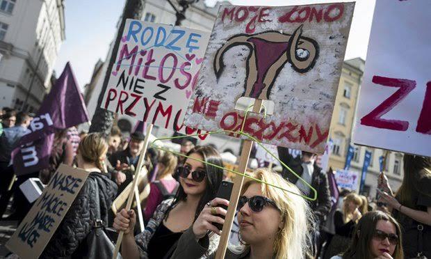 POLONIA: el derecho al aborto bajo ataque, en medio del confinamiento.