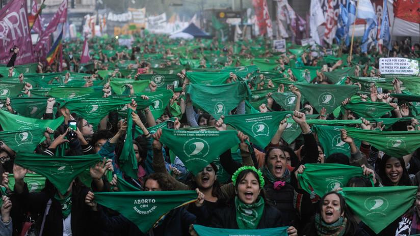 Levantamientos globales contra la opresión: el feminismo socialista ahora más que nunca