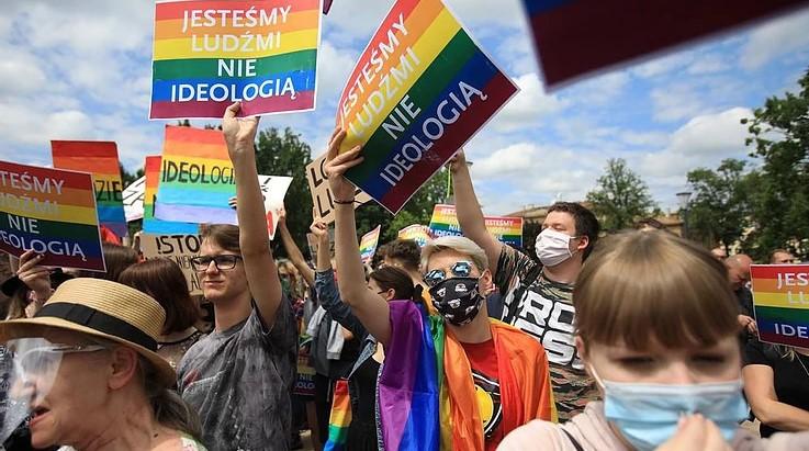 Polonia: unidad contra la homofobia