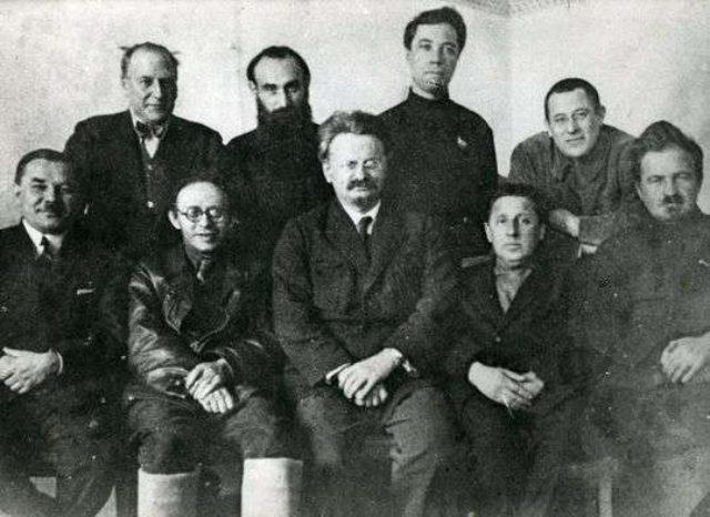 Miles de héroes sin nombre y sin rostro: la historia de la oposición de izquierda trotskista