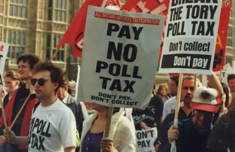 ¿Cómo los socialistas y el movimiento Poll Tax expulsaron a Thatcher del Ministerio?