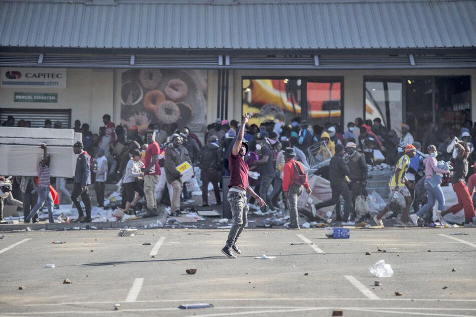 Sudáfrica: Disturbios por comida ¡Construir la lucha de la clase trabajadora organizada contra la criminal clase capitalista!