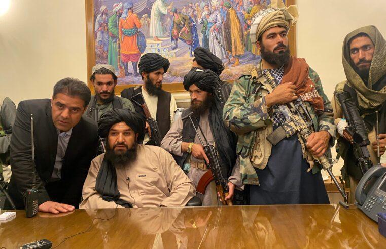 Mientras los talibanes toman el poder y el imperialismo estadounidense es humillado, las masas afganas pagan el precio