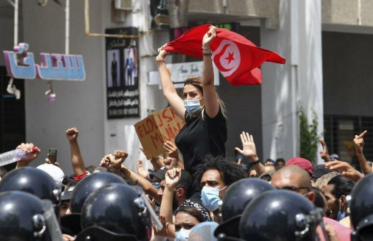 """Túnez: No al """"golpe de palacio"""" de Saïed, no a Ennahda ¡Construyamos la lucha por el cambio socialista!"""